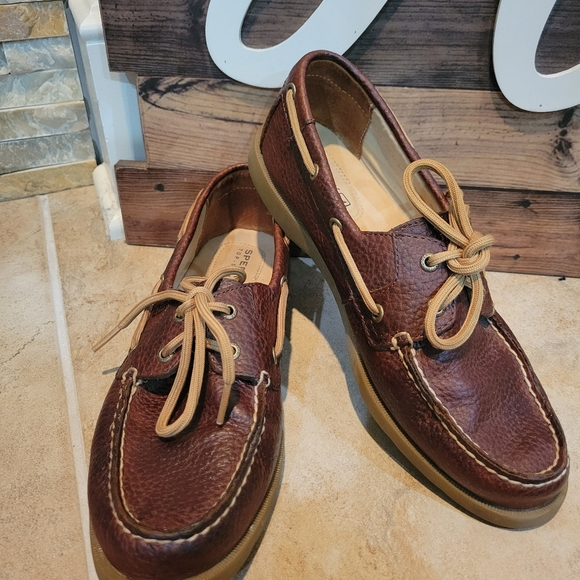 Sperry Top Sider Women's Brown Leather Loafer Size